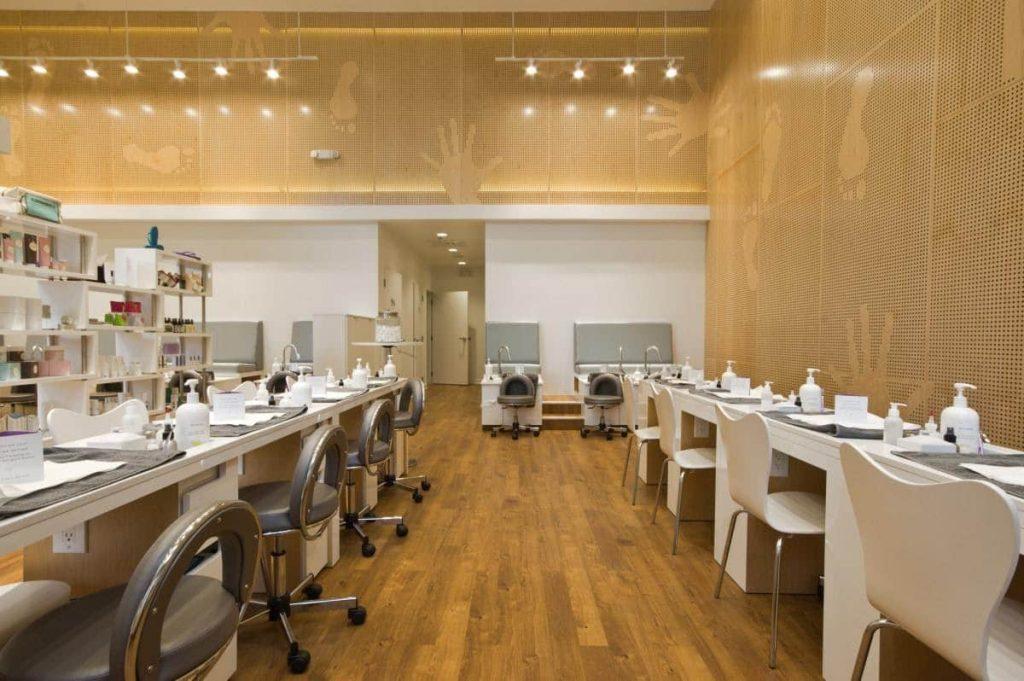 Tầm Quan Trọng Của Bàn Manicure 1024x681 - Tầm Quan Trọng Của Bàn Manicure